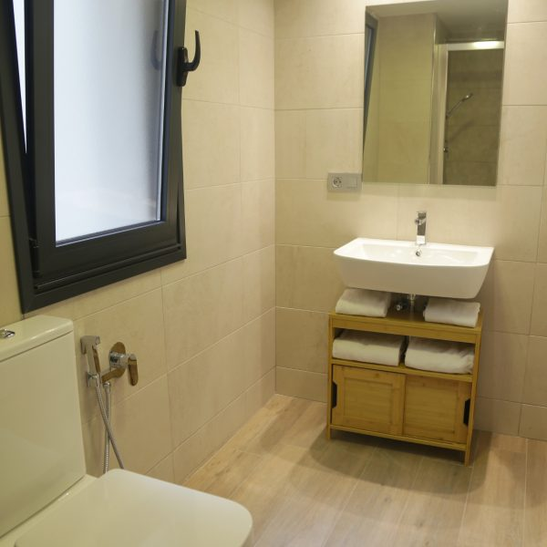 Apartamento_1A_Lastres_Oviedo_Catedral_bano_1